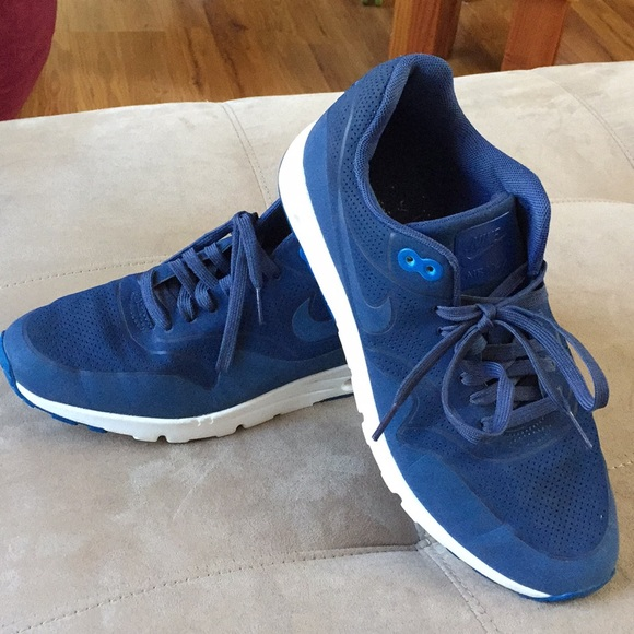 size 40 59792 3b8e0 Nike Women s Air Max 1 Ultra Moire Blue size 10.  M 5a92f35f3a112edf2886a5b2. Other Shoes ...